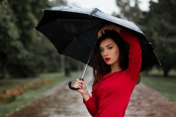 Kokybiški ir nebrangus skėčiai rudeniui