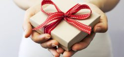 Ruošiantis svarbiai progai – patarimai dovanų pasirinkimui