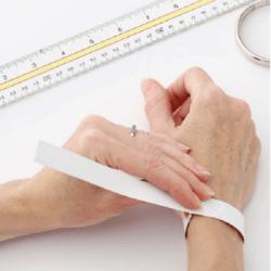 Apyrankės moterims – kaip išsirinkti tinkamą dydį?